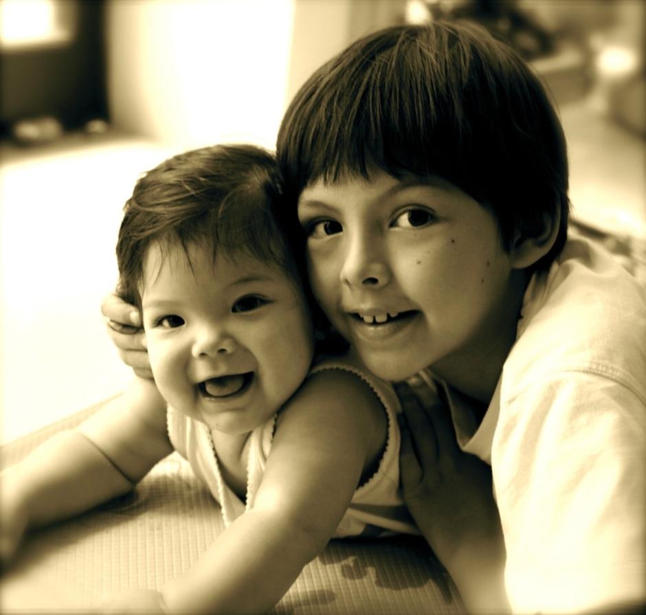 sean & dylan at 7 months